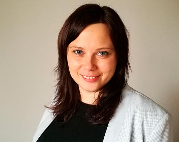 Лариса Малахова